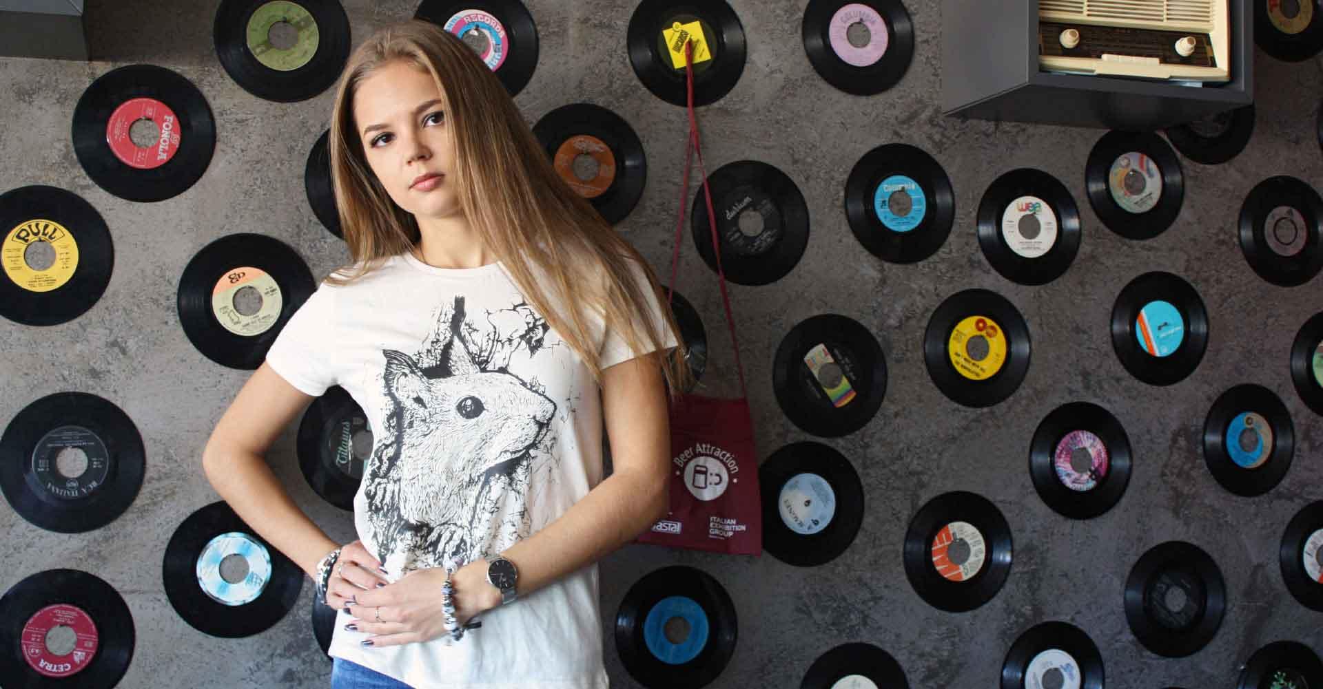 TEENTO Online Shop | T-shirt 100% Cotone Organico - homepage slide 5 TEENTO è il tuo nuovo negozio online! | Scopri le nostre magliette da uomo, donna e bambino | Indossa le t-shirt che più ti appassionano! Wear The Passion!